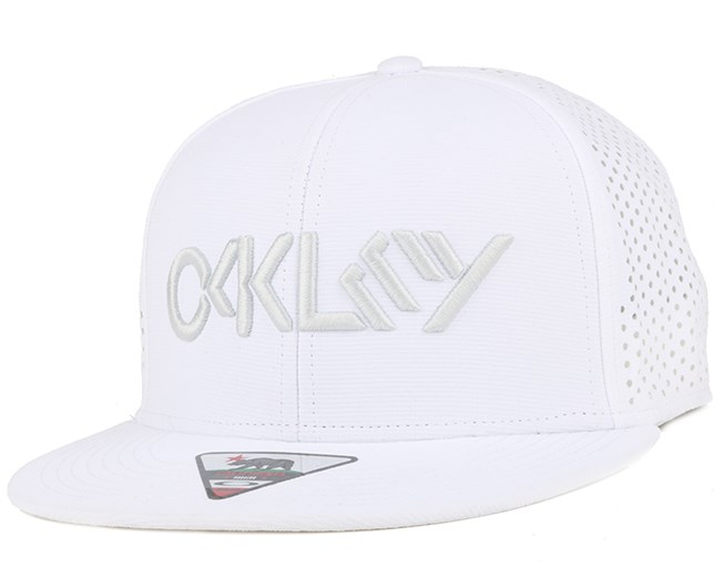 Octane Performance White Snapback - Oakley