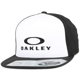 Performance Black White 5-Panel - cOakley caps - Hatstore.no 27a7a5e0f2