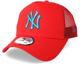 New York Yankees League Essential Trucker Red Adjustable - New Era