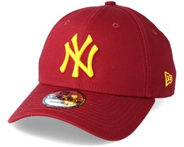 New York Yankees League Essential 9Forty Cardinal Adjustable - New Era