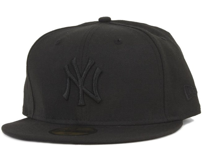 NY Yankees Black On Black - New Era