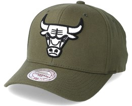 Chicago Bulls B&W Logo 110 Curved Olive Adjustable - Mitchell & Ness