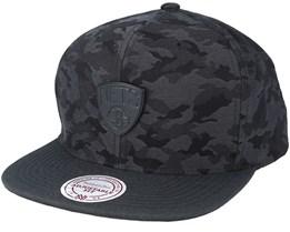 Brooklyn Nets Combat Camo Black/Charcoal Snapback - Mitchell & Ness