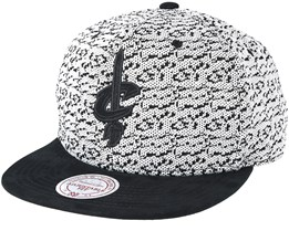 Cleveland Cavaliers Three 50 White/Black Snapback - Mitchell & Ness