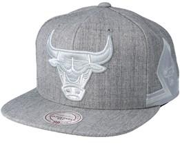 Chicago Bulls Tonal Short Hook Heather Grey Snapback - Mitchell & Ness