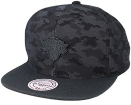 New York Knicks Combat Camo Black/Charcoal Snapback - Mitchell & Ness