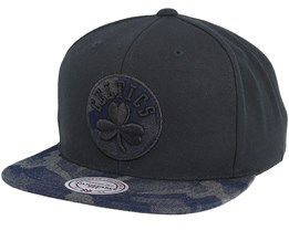 Boston Celtics Denim Black/Camo Snapback - Mitchell & Ness