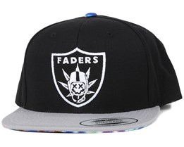 Faders hat Black Snapback - Famous S&S