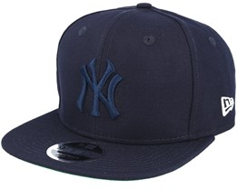 New York Yankees Winners Patch Navy Snapback - New Era