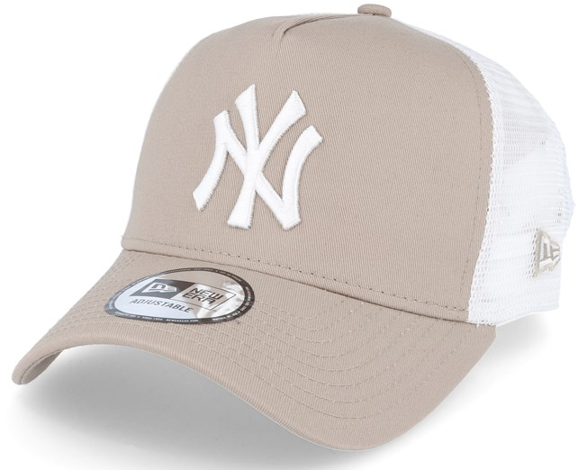 New York Yankees Essential Trucker Beige Adjustable - New Era caps ... f84f0febbf0