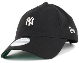NY Yankees Classic Black 920 Adjustable - New Era