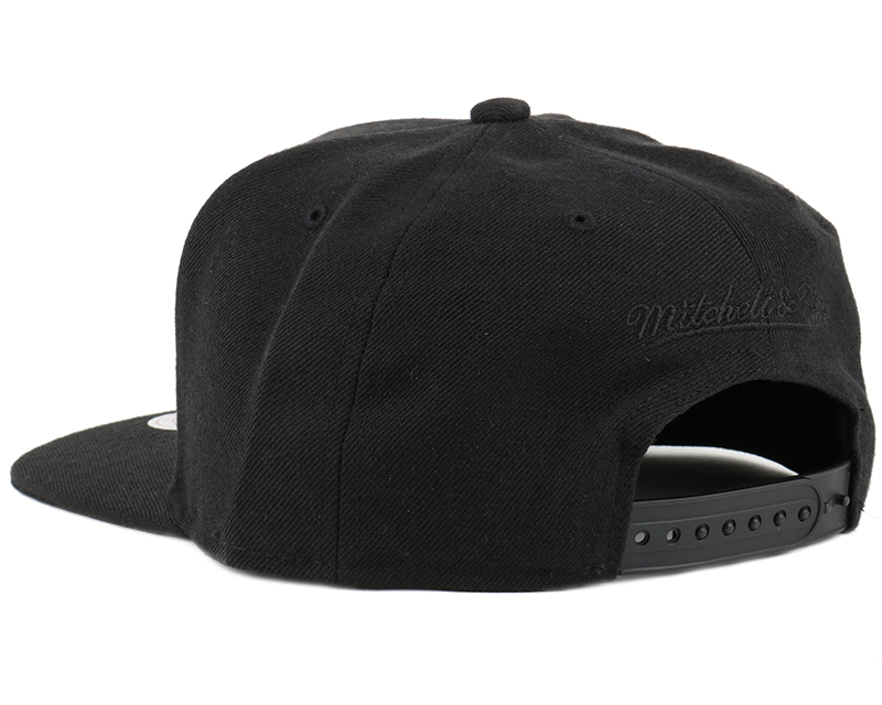 blank black snapback hats - photo #8