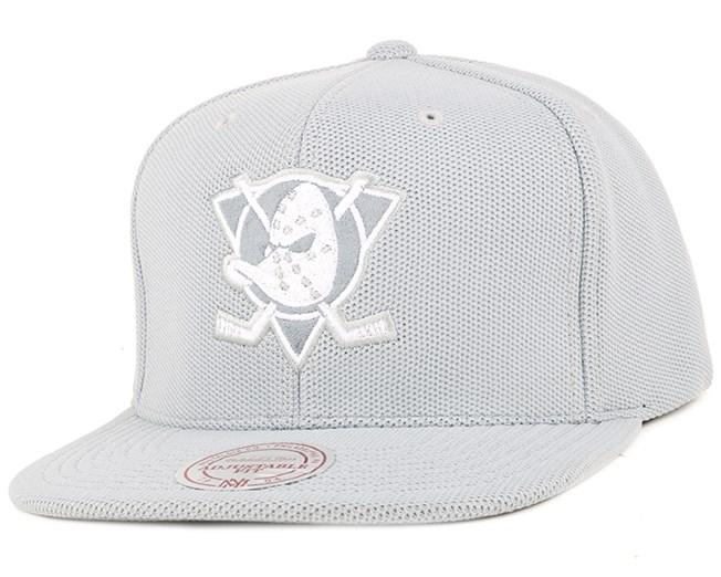 Anaheim Ducks S Knit Snapback - Mitchell & Ness
