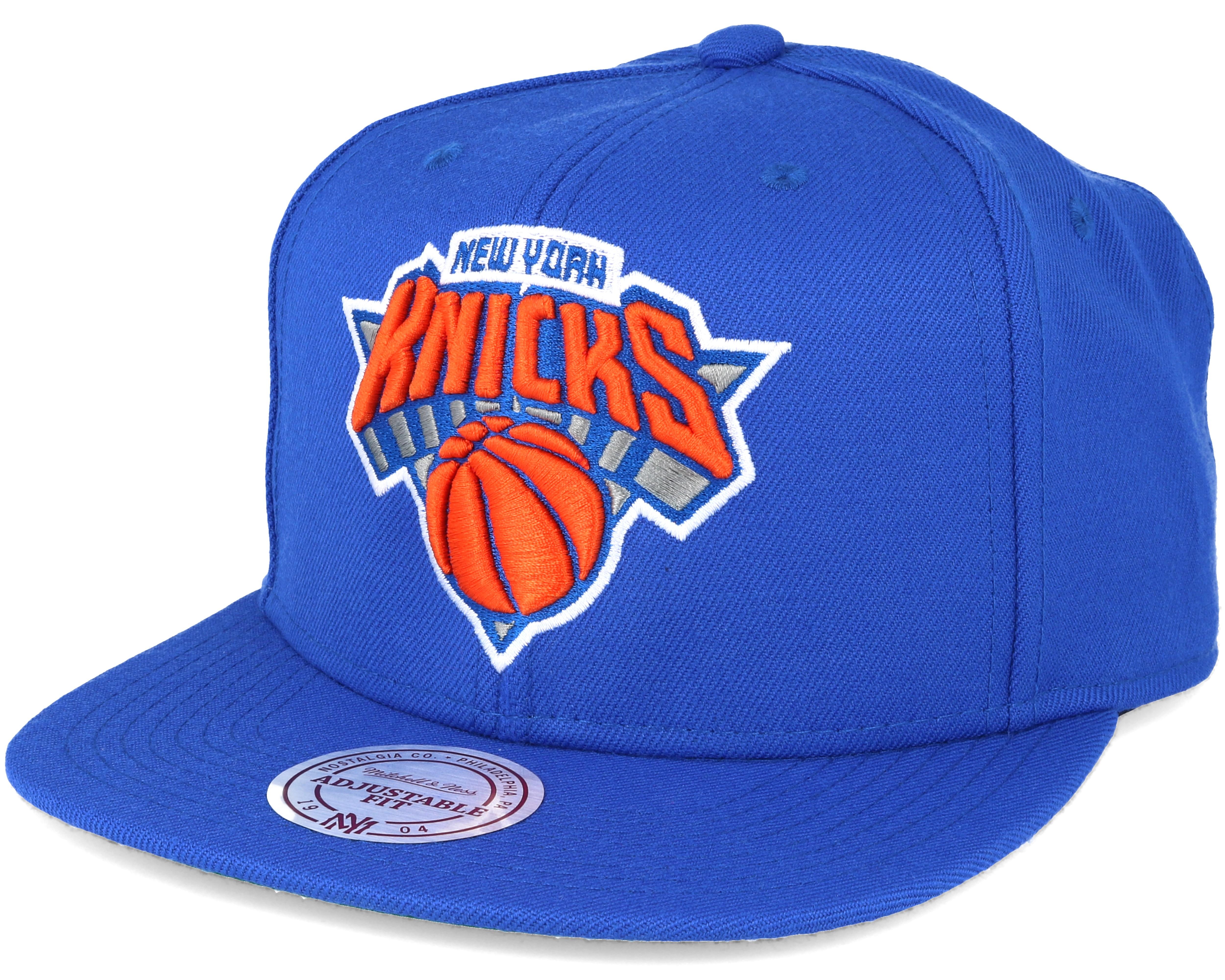 2244b87d88f3a New York Knicks Wool Solid Solid 2 Blue Snapback - Mitchell   Ness ...